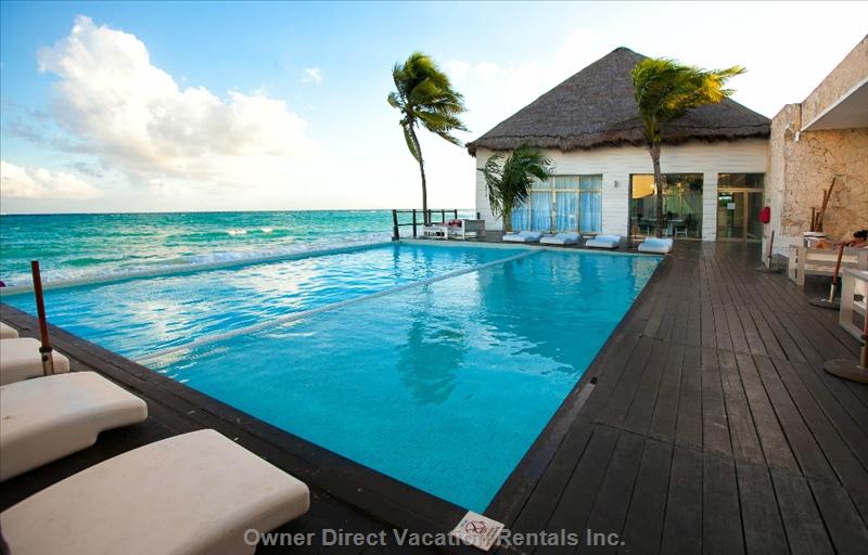 Playa del Carmen, Yucatan Peninsula / 210224