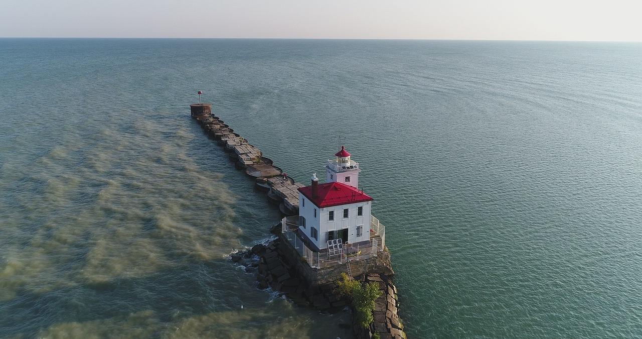 Lake Erie (Ohio area) / miketoler820 / Pixabay