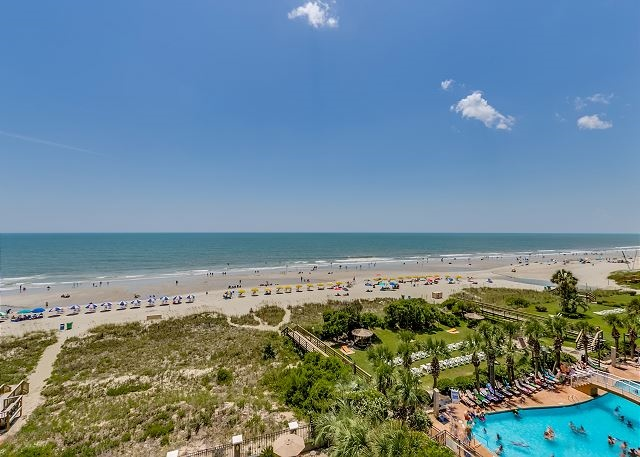 Enjoy panoramic ocean views, beautiful sunrises, and sunsets from this private balcony / 232951