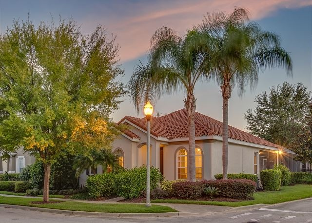 One-story pool home in Kissimmee, close to Disney World / 224600