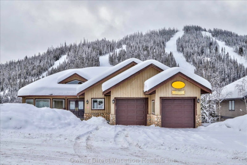 Ski-in and ski-out chalet at Sunburst Estates of Sun Peaks / 242682