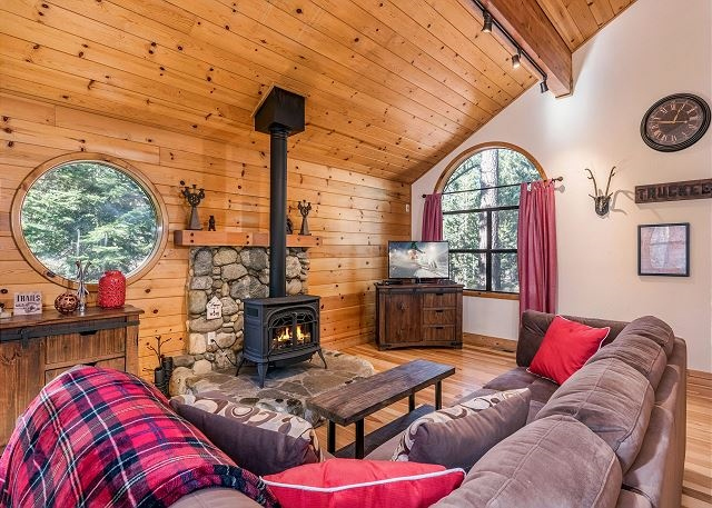Truckee Mountain Cabin Vacation Rental #231317