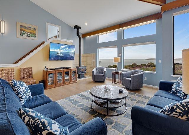 Open floor plan vacation home in Bodega Bay, California