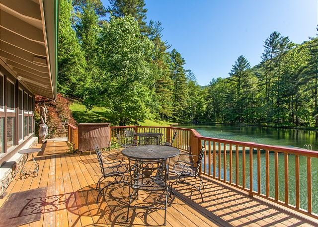 Peaceful 3 acres with private lake in Asheville, NC #244085